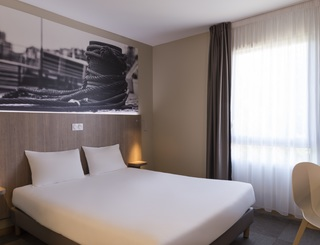 NewBrand-3418-standard-double-3013 © 2019 - The Originals Hotel Montpellier Est Ecoparc