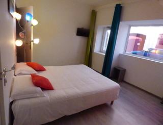 P1030125 chambre PMR
