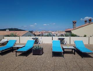 Hôtel Le Bellevue ** au Cap d'Agde - Solarium 2019-Hôtel Le Bellevue- Office de Tourisme Cap d'Agde Méditerranée