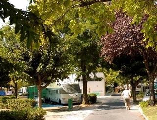 CAMPING MUNICIPAL CHEMIN DES BAINS BALARUC-LES-BAINS SERVICE COMMUNICATION MAIRIE DE BALARUC LES BAINS