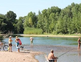 Camping les rivieres canet - Canet plage office du tourisme ...