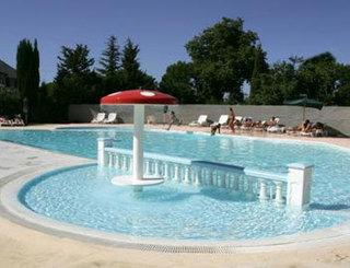 Camping le mas de l 39 isle lunel for Cash piscine herault