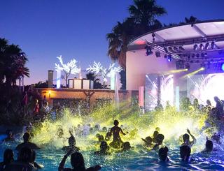 Club Farret pool party Club Farret
