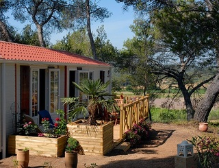 Camping résidentiel la Pinède 10 Camping la Pinède Castelnau de Guers
