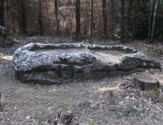Joncels Archéo - Pierre du Sacrifice Thomas AZEMA Thomas Azéma PHLV