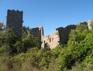 Cebazan ruine saint baulery OTI OTI du Terroir Saint Chinianais