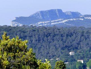 1.Vue sur la montagne de l'Hortus et le pic Saint-Loup-Daniel Leboucher CDRP34 - Gisèle Leboucher