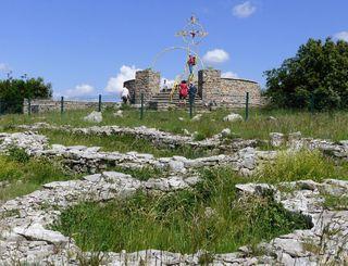 Site archéologique et belvedere du rocher du causse-Daniel Leboucher CDRP34 - Gisèle Leboucher