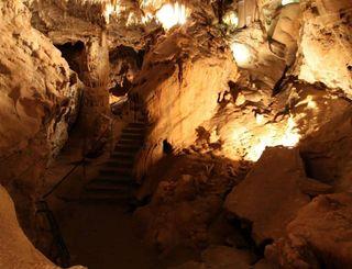 Grotte de la fileuse de verre (2) fileusedeverre