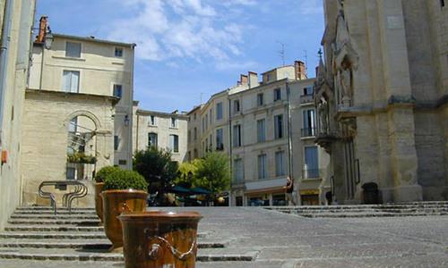 Place sainte anne montpellier - Office de tourisme de montpellier ...