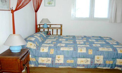 Gîte Le Refuge de Nebuzon - Chambre Droséra 1 grand lits Le Refuge de Nebuzon