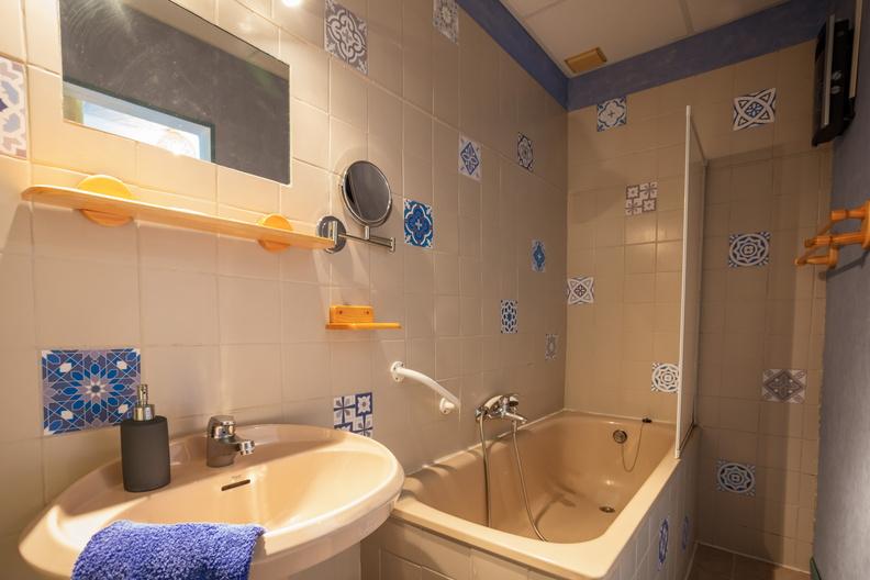 Salle de bain de la Chambre Perito Moreno herve leclair / aspheries.com