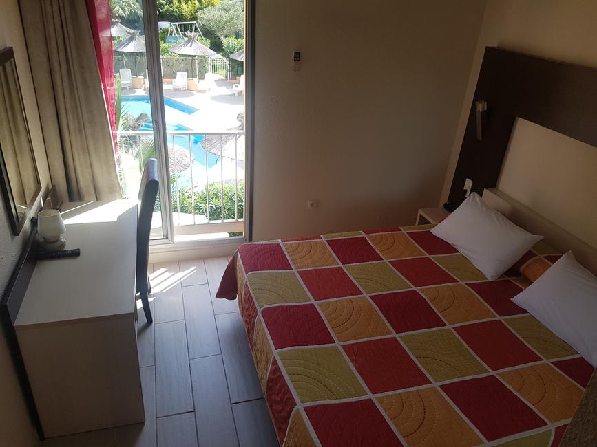 Hôtel Hélios 3* au Cap d'Agde - Une chambre 2019-Hôtel Hélios-OT Cap d'Agde Méditerranée