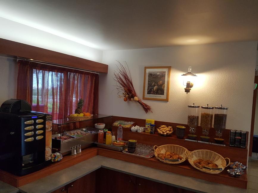Hôtel Hélios 3* au Cap d'Agde - Le petit déjeuner 2019-Hôtel Hélios-OT Cap d'Agde Méditerranée