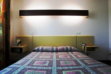 fabregues chambre 2 © logis Hérault - Bruno Garcia