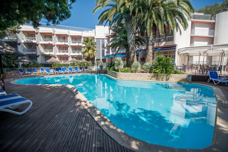 HOTEL LE QUETZAL - 1 HOTEL LE QUETZAL