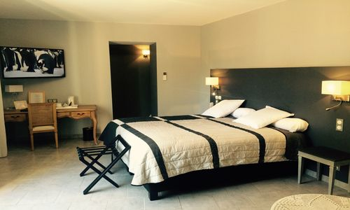 logis herault - hotel de la paix - chambre 2 logis herault - bruno garcia