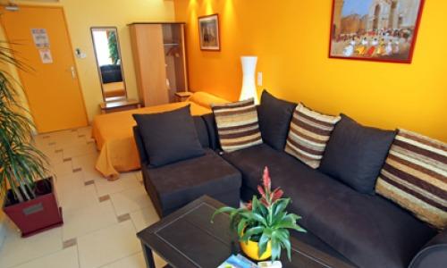 Lunel21 Hôtel Mon Auberge