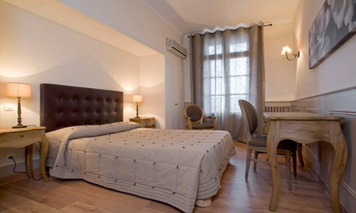 Le Grand Hôtel - Sète - Chambre 3 ©Olivier Maynard