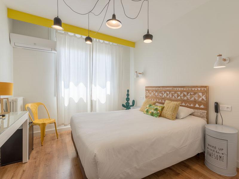 WEB-Hotel-imperial-sete-chambre-double-blanche-et-jaune Laurent Rostaing