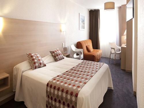 Hotel-Port-Marine-Sete-chambre icicom