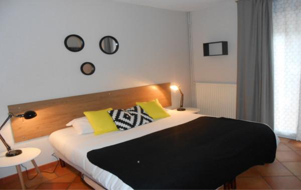 Hôtel-athéna**-agde-chambre-double .