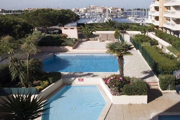 Hôtel la Voile d'Or - Le Cap d'Agde - L'espace aquatique de l'hôtel et port de plaisance Hôtel la Voile d'Or