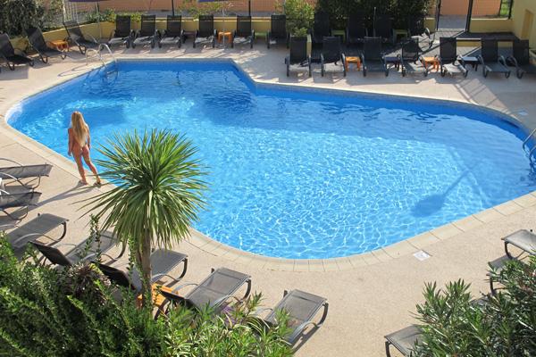 Hôtel Eve*** au Cap d'Agde - Piscine Hôtel Eve-Office de Tourisme Cap d'Agde Méditerranée
