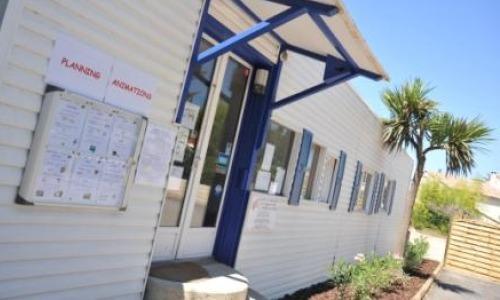 Camping Mas de l'Isle - Réception Mas de l'Isle