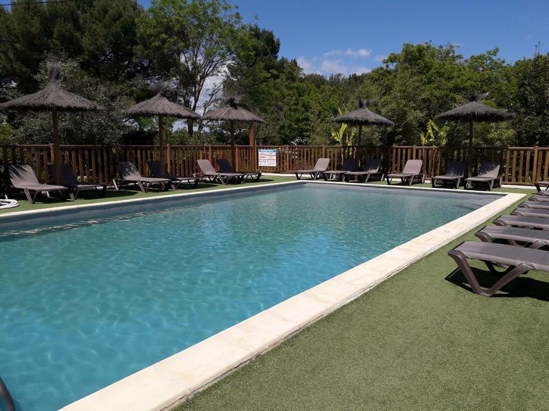 Camping Ecolodge Les Cigales*** à Pézenas - La piscine Camping Ecolodge Les Cigales