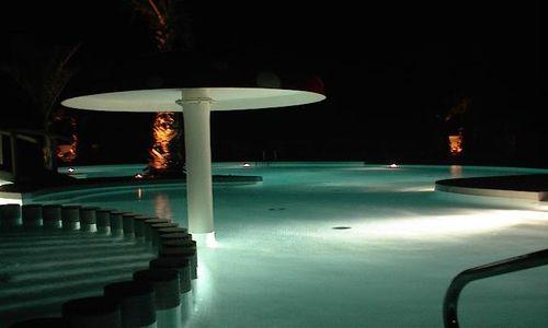 Saint meen campsite vendres for Cash piscine herault