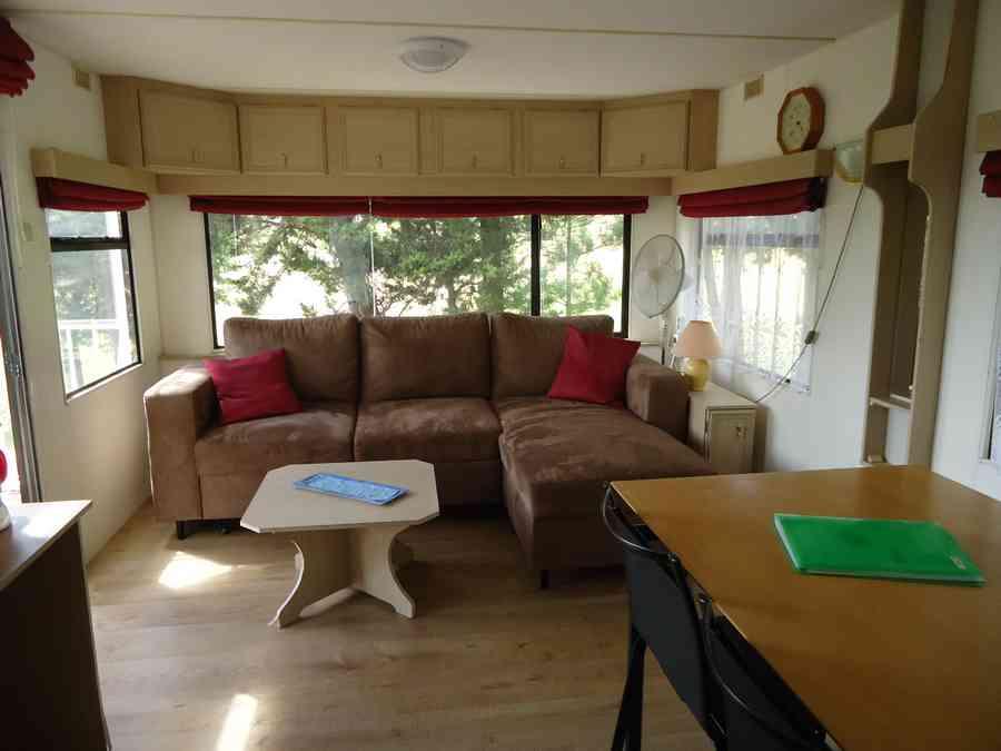 camping-domaine-le-vernis-minerve-herault-occitanie le page mireille