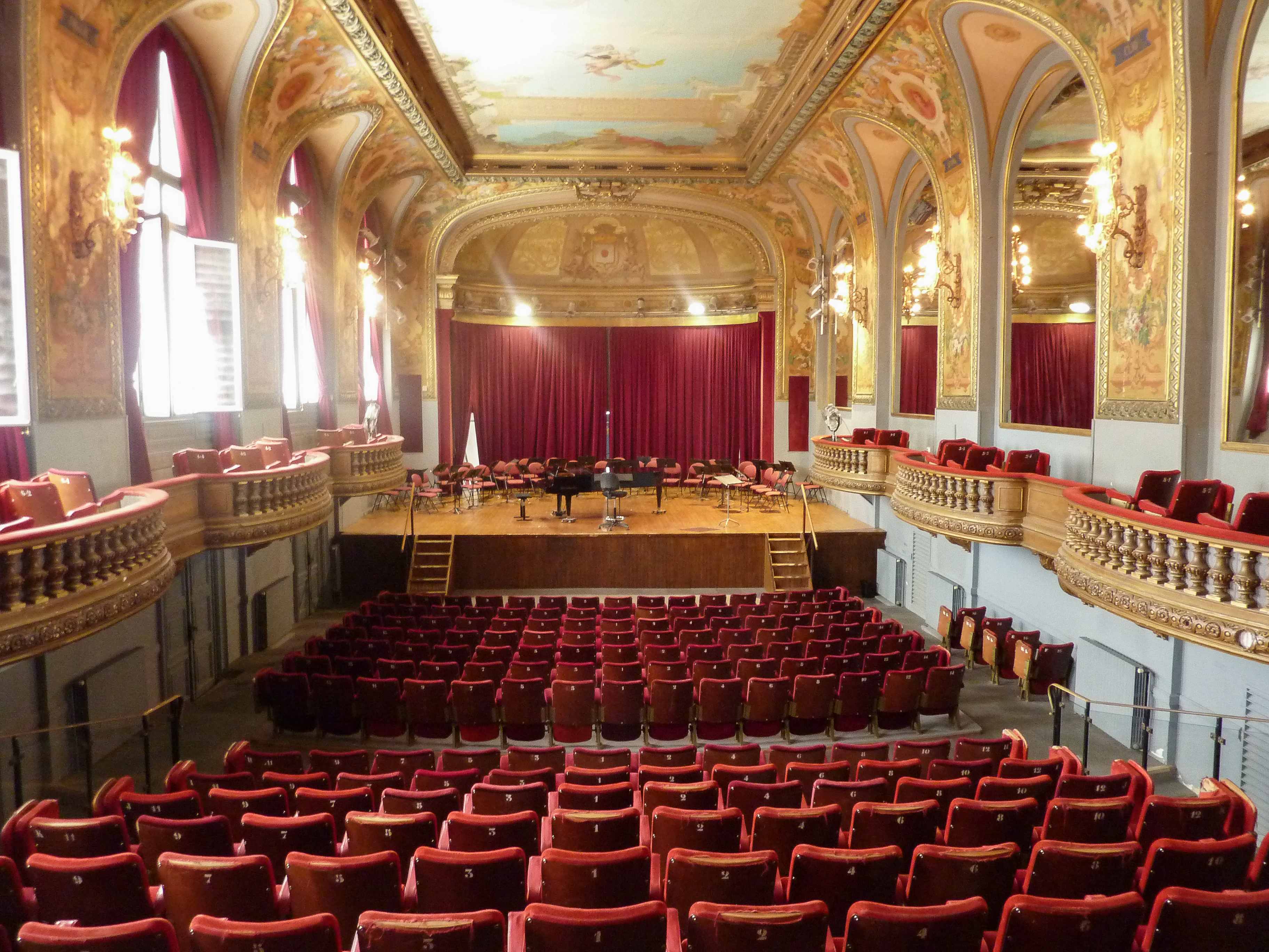 salle theatre moliere